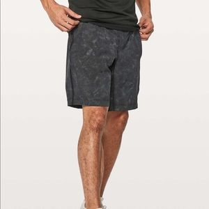 Lululemon Pace Breaker Short  // reflective